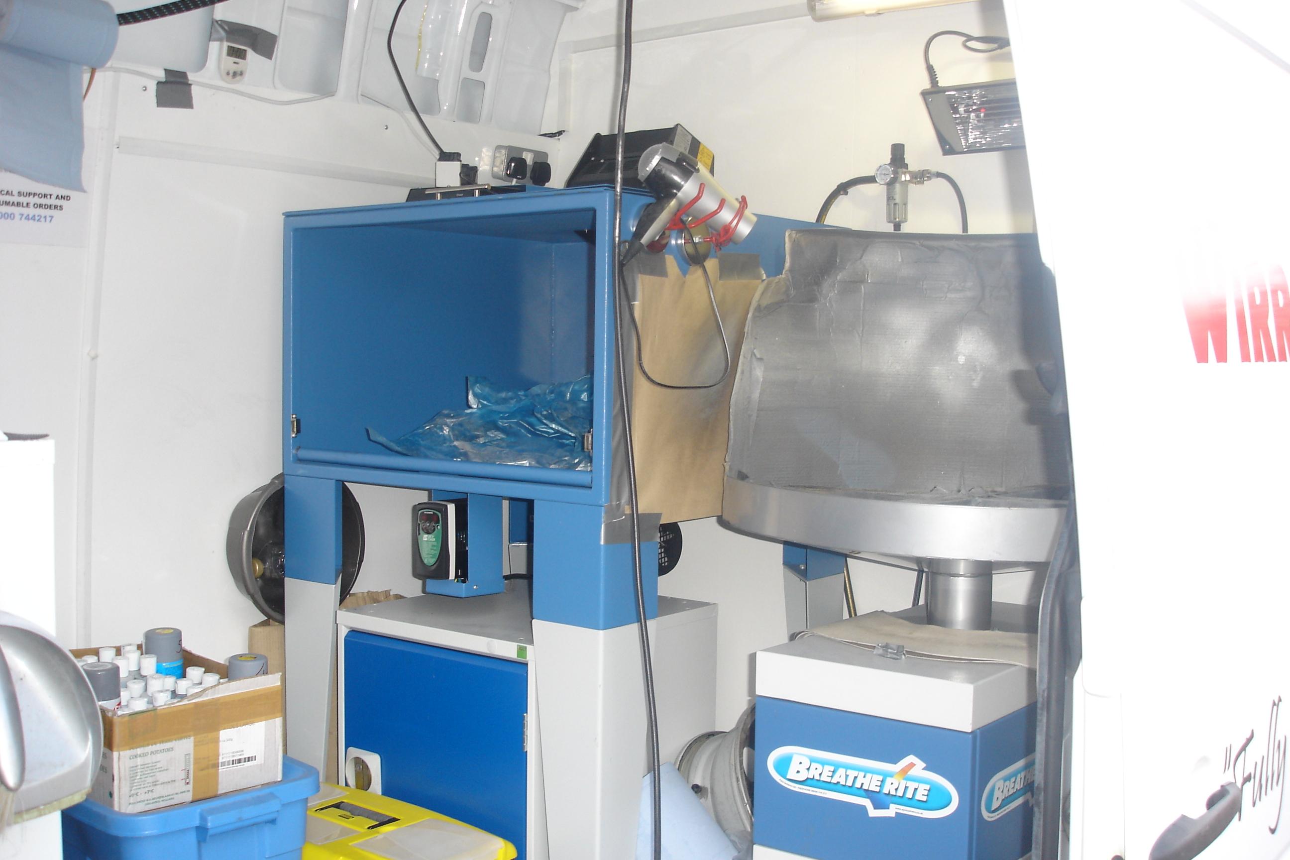 wheel-finnishing-area-uv-oven-spray-booth-area