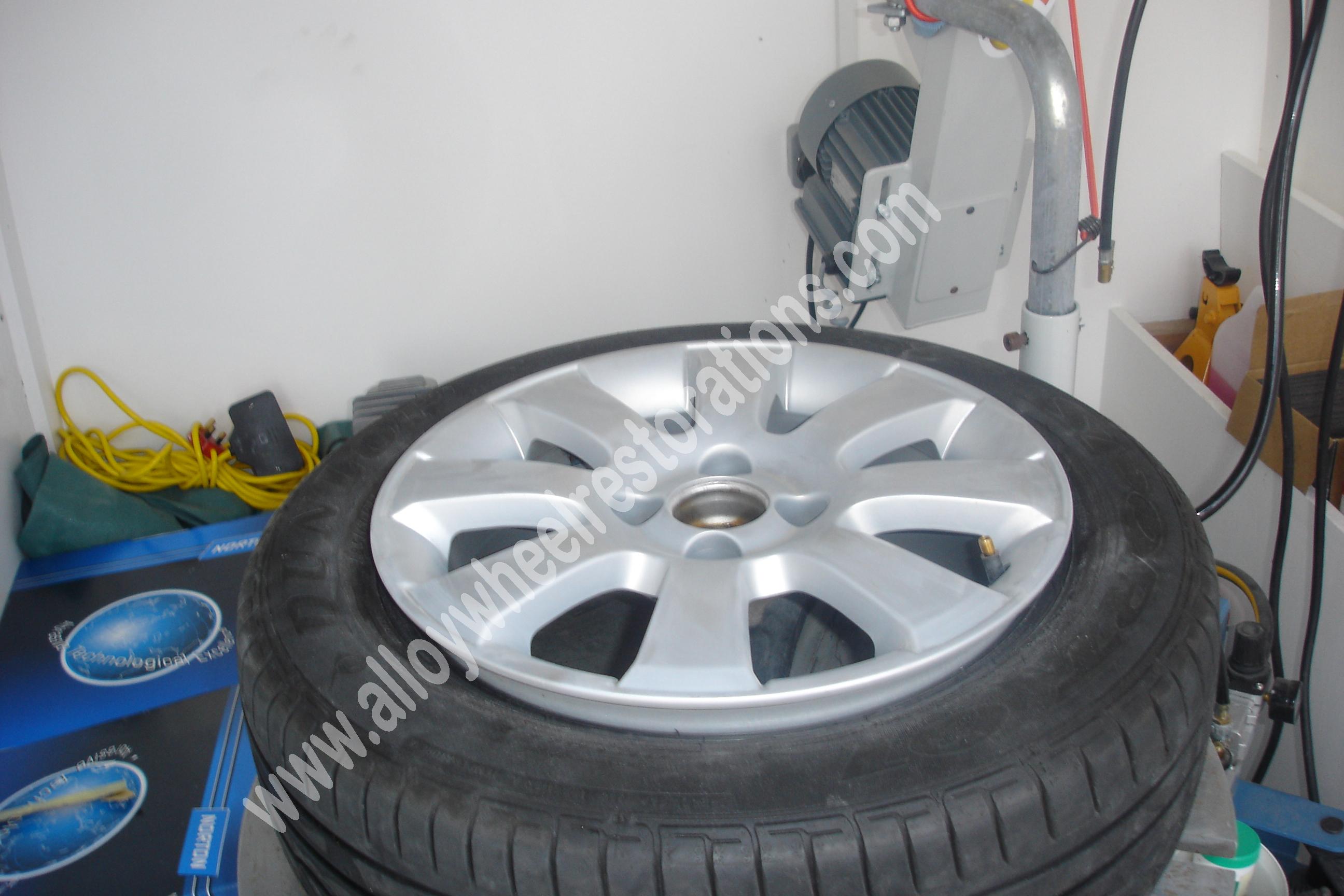 wheel-prep-turntabe